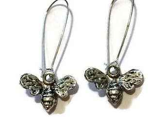 Bumble Bee Earrings, Silver bee earrings, dangle earrings, sterling silver bees, bumble bee