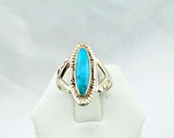 Lovely Robin Egg Blue Turquoise Cabochon in a Vintage Sterling Silver Ring #ROBIN-SR2