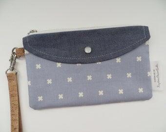 The Jacy Wristlet • Blue/Chambray/Cork Leather