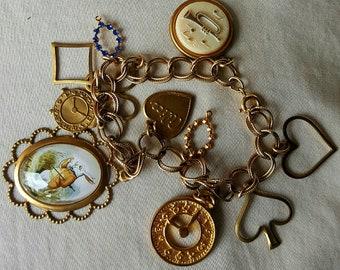 Charm bracelet Alice in Wonderland