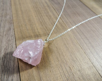 Rose quartz sterling silver pendant necklace