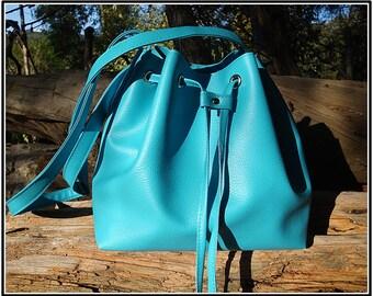 Small bucket bag turquoise turquoise leather bucket bag