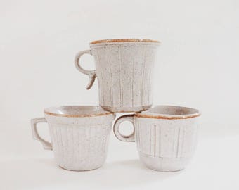 Vintage Ceramic Pottery Mugs, Mid Century Modern Stoneware Pottery Mugs Set of 3, Gray Vintage Coffee Mugs, 1960s, Speckled Pottery Mugs