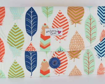 Changing Pad Clutch-Feathered Pattern