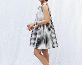 Sleeveless gingham smock dress, Loose babydoll dress, Sun dress, Plaid dress