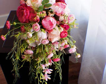 Bridal Bouquet, Wedding Bouquet, Cascading Bouquet, Shades of Pink Bouquet, Wedding Floral, WEdding Flowers, Bridal Bouquet, Brides Bouquet