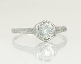 Antique .20ct Genuine Diamond 14K White Gold Art Deco Engagement Ring 2.2g