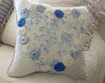 Blue Heart yoyo pillow
