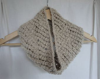 alpaca knit cowl, natural beige snood, chunky lace cowl, beige infinity scarf, handspun alpaca cowl, pure alpaca snood, alpaca circle scarf