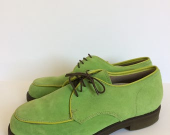 Hush Puppies bright green suede mens 7 E/W women 9 - 9.5 lace up oxford shoes