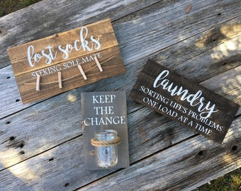 Laundry Room Signs//Christmas gift//Gift for mom//Gift for daughter//Keep the change//Lost Socks//Rustic wooden signs//Seeking Sole mate