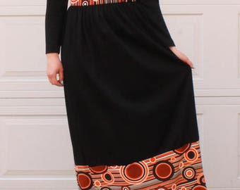 Vintage Long Sleeved Black Long Maxi Dress with Orange Circles Detail, Button-Front, and Collar 14