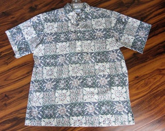 Reyn Spooner Hawaiian Shirt Tapa Reverse Print 1980s Mens Short Sleeve aloha Oyster Button Hawaii Rockabilly L Polo hawaii made