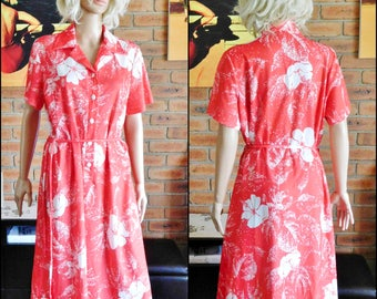 Osti Hibiscus vintage 1970s knee length red and white button-front floral tea dress, short sleeves, waist tie, size 14-16