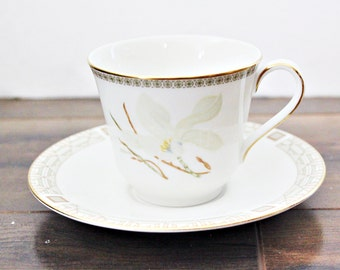 "Vintage Royal Doulton ""White Nile"" Teacup & Saucer 