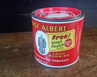 Prince Albert Tin, Vintage tobacco tin, Prince Albert in a Can, Prince Albert tin 14 oz, Free Vinyl Pouch tin