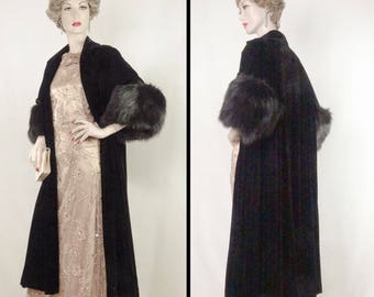 1950s Opera Coat Black Velvet Fox Cuffs Bullock's Wilshire One Size #1377