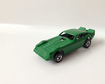 Vintage Hot Wheels Speed Machines Vega Bomb Funny Car Drag Racer Dark Green (1983)