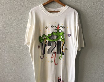 1998 Y2K Milo The Millennium Bug Vintage Y2K Long T Shirt