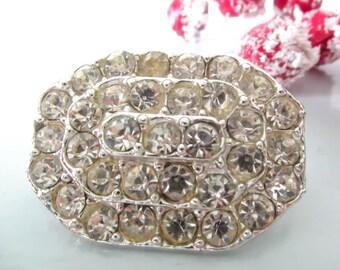 vintage brooch, sparkly brooch, oval shaped brooch, vintage pin, clear rhinestone brooch, vintage paste brooch,