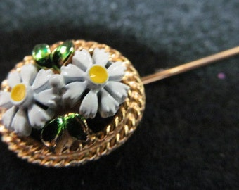 Stick pin, vintage stick pin, sweater pin, lapel pin, scarf pin, daisey pin, floral stick pin, vintage jewelry,  white flower stick pin,