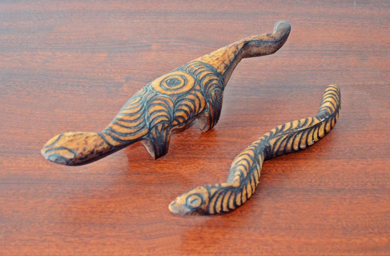 Vintage aboriginal australian wood carvings lizard