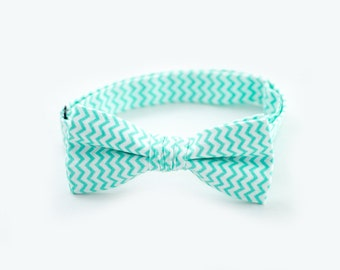 10% OFF Mint Wedding Outfit Ring Bearer Bow Tie Mint Chevron Bow Tie