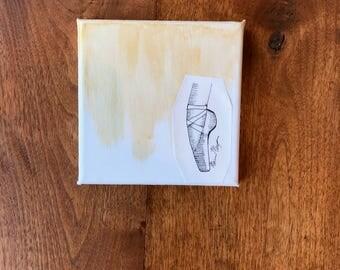 MINI Gold Back, Ballet Pointe Shoe Black Line Drawing