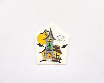 Haunted house patch