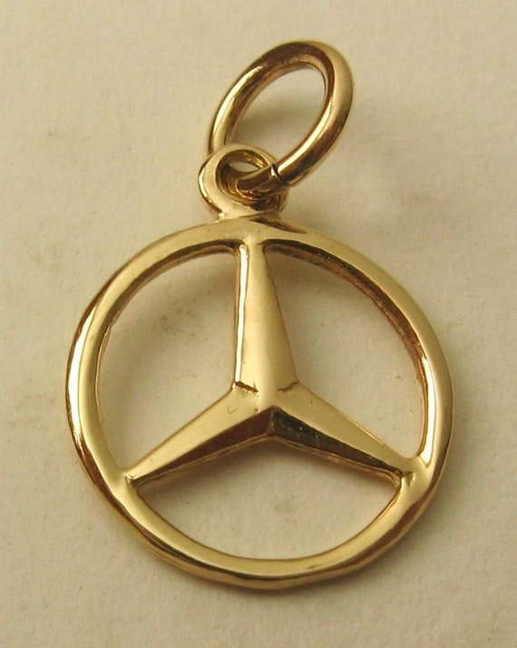 Solid 9ct yellow gold mercedes benz symbol logo charm pendant for Mercedes benz charm