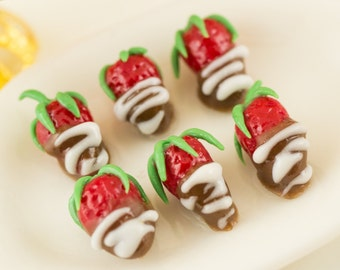 Valentine's Day Chocolate Dipped Strawberries - 1:12 Dollhouse Miniature