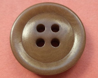 12 Brown buttons 18mm (442)