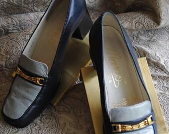 Moccasin has blue heels 1970