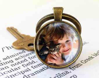 Custom Photo Keyring Round - Personalized Photo Key Chain, Your Own Photo, Personalised Keyring, Silver or Antique Bronze Picture Keyring
