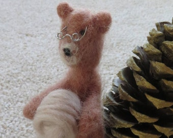 Little felted bear