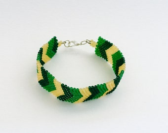 Beaded bracelet seed beads pine-green-yellow