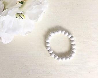 White Bead Bracelet,Wood Bead Bracelet,Wooden bead Bracelet,wood bracelet, bracelet, rustic jewelry, wood beads, wooden beads, boho bracelet