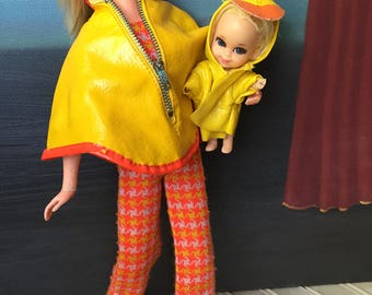 Mod Vintage Barbie Single Mom Liveaction with Kiddle baby great Outfits