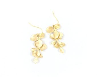 Triple orchid matte gold earrings