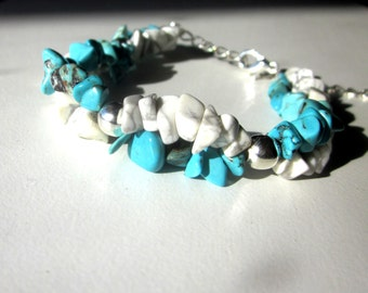 Twisted Turquoise and Howlite Chip Bracelet