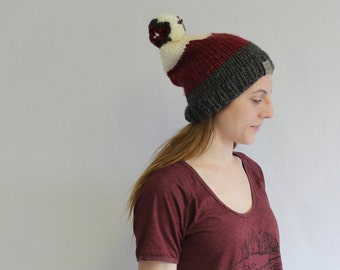 Marmot Slouchy Fit Toque/Hat/Beanie- Red/Gray/White