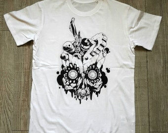 Biomechanical skull t-shirt