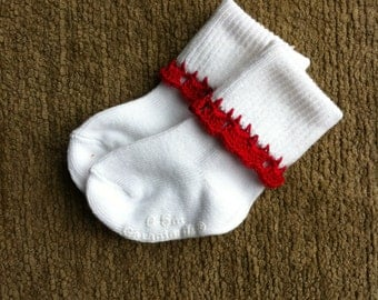 Baby girl socks with crochet trim