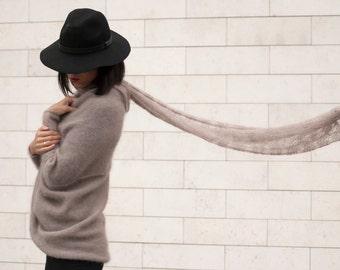 knit sweater,  light beige, cacao, mohair, mohair sweater, knit, knitwear,mohair t-shirt, light beige sweater, lightweight kardigan,