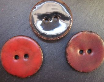 Set pieces coconut with enamel paint painted 3 buttons 2-hole Nightgown chili red caramel brown
