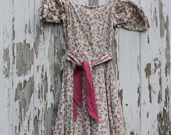 1970s Betty Hartford ballerina length peasant dress, white cotton with pink and yellow roses, green leaves and blue dots, wide skirt, small
