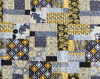 Black/Yellow Quilt;Yellow and Black lap quilt; black and yellow throw; modern yellow and black quilt; modern throw; modern color block quilt