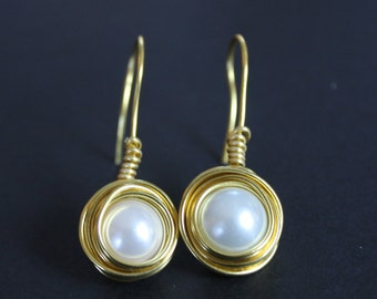 Nest Pearl Drop Earrings