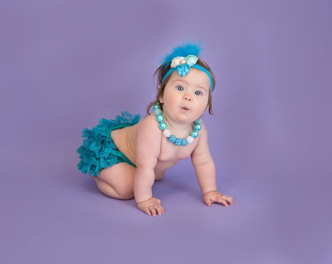 SALE!!! Baby Girls Outfit, Teal, Turquoise, baby set, ruffled bloomers, photo prop, birthday outfit, cake smash, baby tutu, feather headband