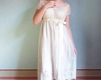 L E A weddingdress